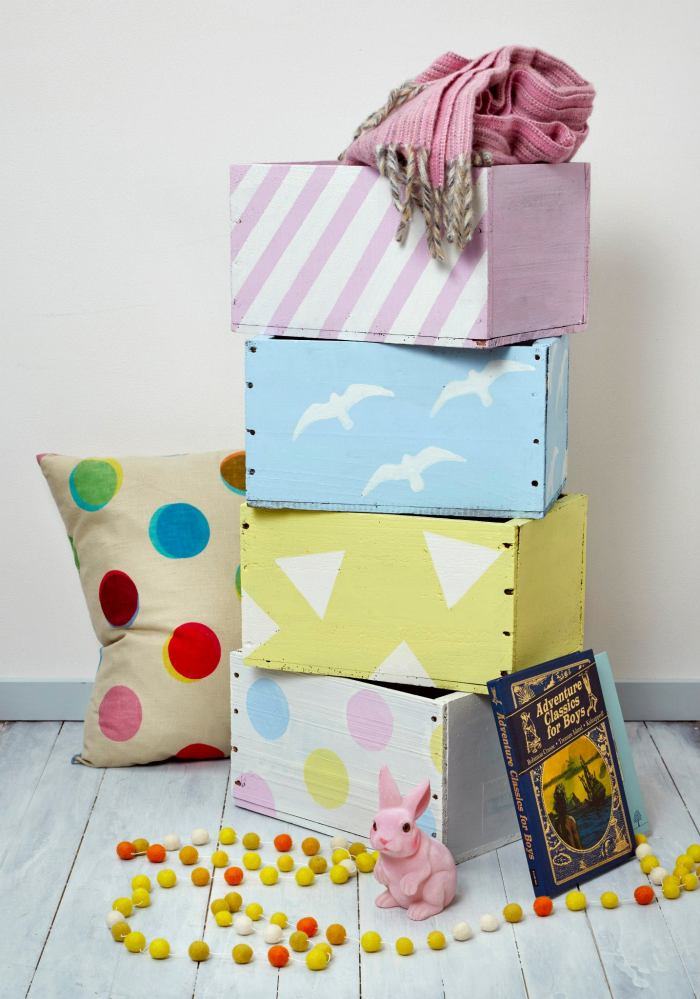 Kid's toy boxes